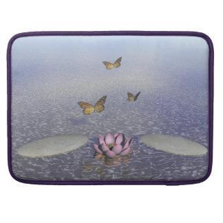 Capa Para MacBook Pro Borboletas em vôo em uma paisagem do zen