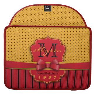 Capa Para MacBook Pro Listras amarelas retros do vermelho das bolinhas