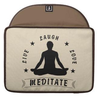 Capa Para MacBook Pro O amor vivo do riso Meditate o texto masculino (o