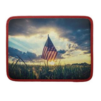 Capa Para MacBook Pro Por do sol da caixa de MacBook atrás da bandeira