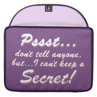 Capa Para MacBook Pro Pssst… eu não posso manter um SECRETO (branco)