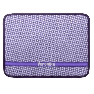 Capa Para MacBook Pro Teste padrão pequeno violeta da xadrez. Adicione o
