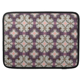 Capa Para MacBook Pro Violet Kaleidoscope Pattern