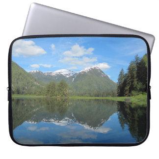 Capa Para Notebook A bolsa de laptop da reflexão da montanha