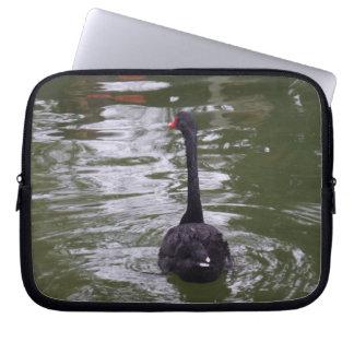 Capa Para Notebook A bolsa de laptop do neopreno da cisne preta 10