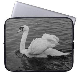 Capa Para Notebook Cisne