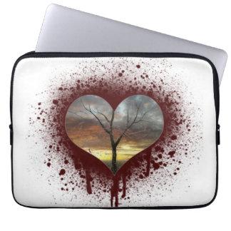 Capa Para Notebook Cofre forte a árvore de coração de sangramento da
