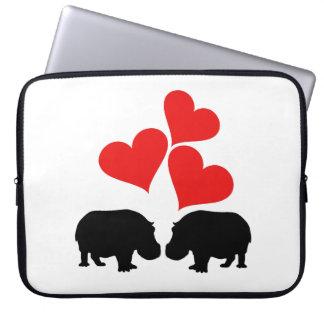 Capa Para Notebook Corações & hipopótamos