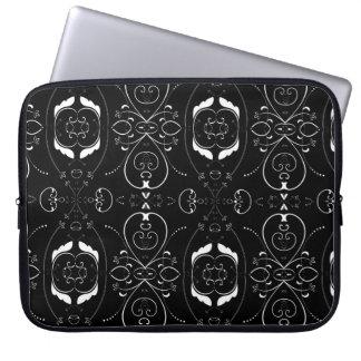 Capa Para Notebook Flourishes & enfeites elegantes do branco no preto