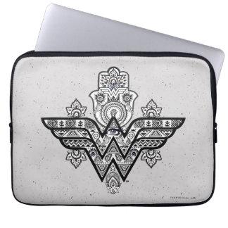 Capa Para Notebook Logotipo espiritual de Paisley Hamsa da mulher