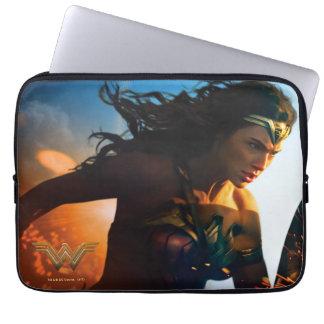 Capa Para Notebook Mulher maravilha que funciona no campo de batalha