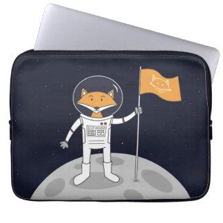Capa Para Notebook O Fox na lua