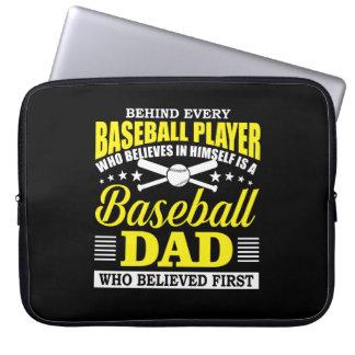 Capa Para Notebook O pai do basebol acredita no jogador de beisebol