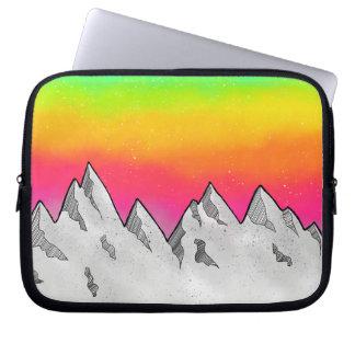 Capa Para Notebook Paisagem da cena da montanha