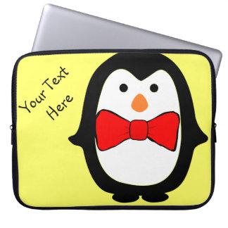 Capa Para Notebook Pinguim bonito com o saco vermelho dos eletrônicos