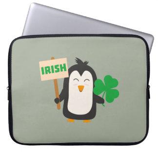 Capa Para Notebook Pinguim irlandês com trevo Zjib4