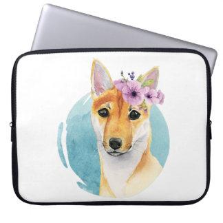 Capa Para Notebook Shiba Inu com pintura da aguarela da coroa da flor