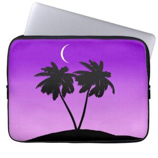 Capa Para Notebook Silhueta da palmeira no roxo crepuscular