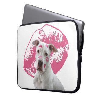 Capa Para Notebook Staffordshire Terrier americano - beijo do beijo