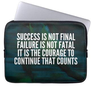 Capa Para Notebook Sucesso, falha, coragem - exercício inspirador
