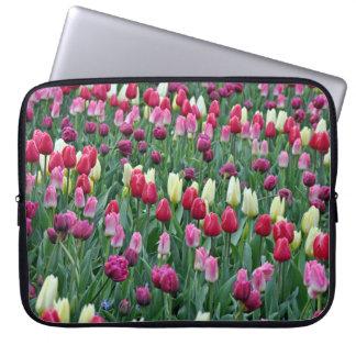 Capa Para Notebook Tulipas coloridas do primavera