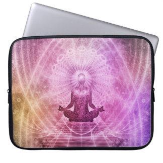 Capa Para Notebook Zen espiritual da meditação da ioga colorido
