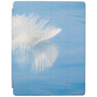 Capa Smart Para iPad A pena branca reflete na água | Seabeck, WA