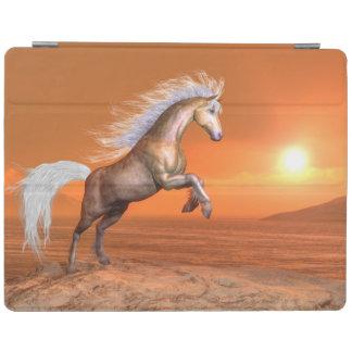 Capa Smart Para iPad Cavalo que eleva pelo por do sol - 3D rendem