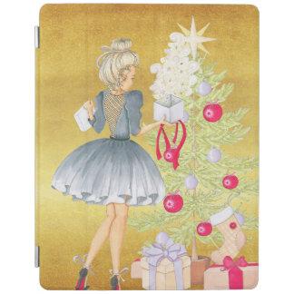 Capa Smart Para iPad Mágica do Natal - louro que decora uma árvore