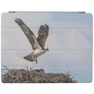 Capa Smart Para iPad Osprey em um ninho