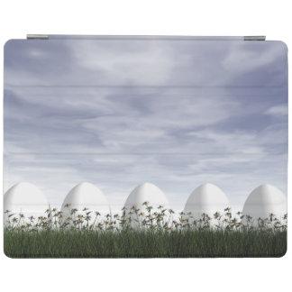 Capa Smart Para iPad Ovos da páscoa na natureza em o dia nebuloso - 3D