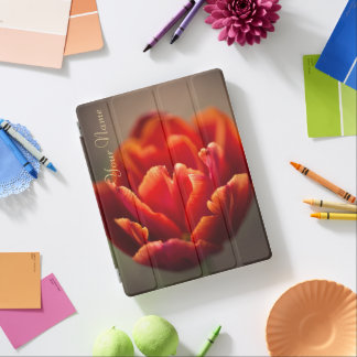 Capa Smart Para iPad Pétalas vermelhas bonito da tulipa. Adicione seu