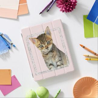 Capa Smart Para iPad Pintura do gatinho do gato malhado com quadro de