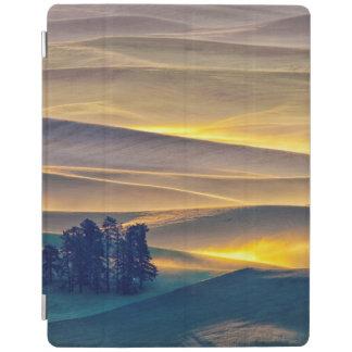 Capa Smart Para iPad Rolling Hills do trigo no nascer do sol | WA