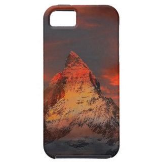 Capa Tough Para iPhone 5 Brown e montanha do branco cinzento sob o céu