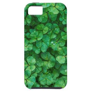 Capa Tough Para iPhone 5 Trevos afortunados de St Patrick