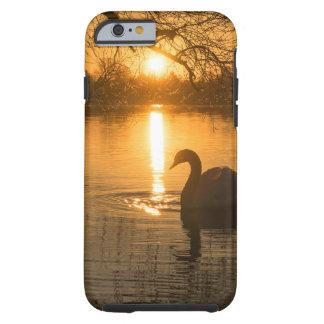 Capa Tough Para iPhone 6 Por do sol com cisne