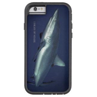 Capa Tough Xtreme Para iPhone 6 Tubarão cinzento do recife no Yap Micronesia