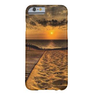 Capas de iphone a pouca distância do mar