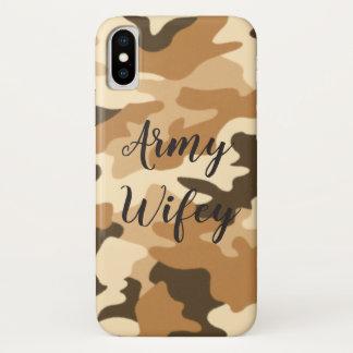 Capas de iphone bege de Camo do deserto de Wifey