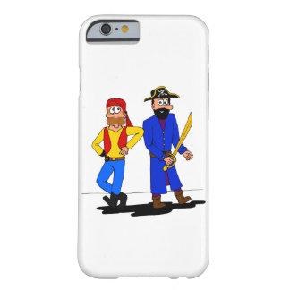Capas de iphone dos amigos do pirata