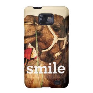 Capas de iphone felizes do camelo