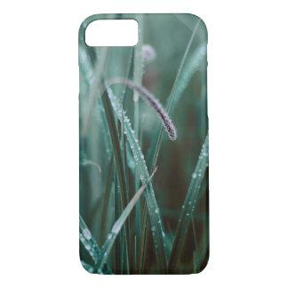 Capas de iphone molhadas da grama