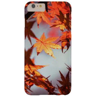 Capas iPhone 6 Plus Barely There Árvore de bordo vermelha maravilhosa das folhas de