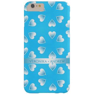 Capas iPhone 6 Plus Barely There Corações azuis pequenos bonito. Adicione seu