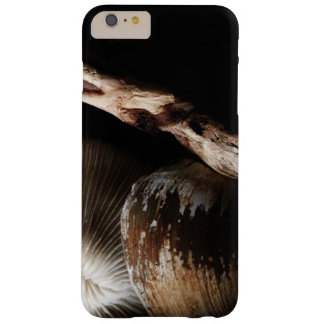 Capas iPhone 6 Plus Barely There coral de cogumelo secado, escudo, litoral da