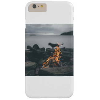 Capas iPhone 6 Plus Barely There fogo
