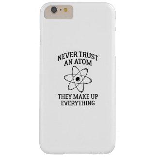 Capas iPhone 6 Plus Barely There Nunca confie um átomo