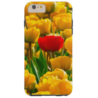 Capas iPhone 6 Plus Tough Campo das tulipas das flores, as vermelhas e as