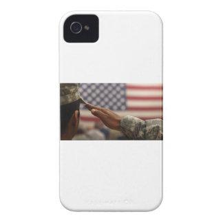 Capas Para iPhone 4 Case-Mate O soldado sauda a bandeira dos Estados Unidos